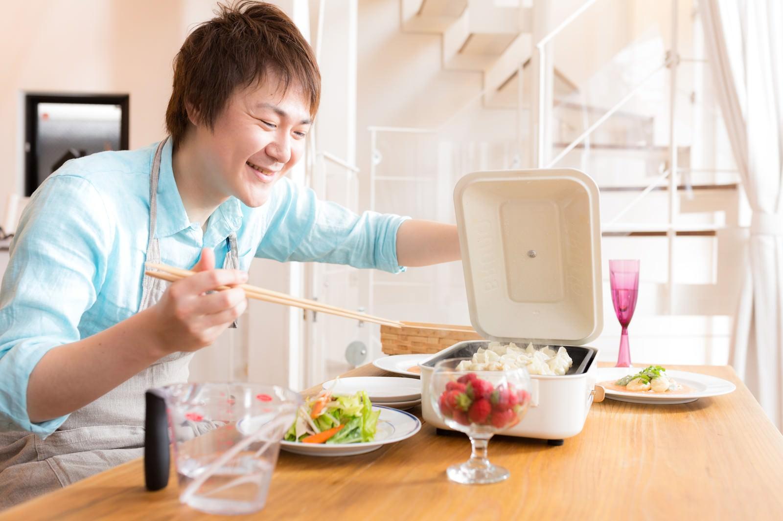 料理男子がモテると聞いてそれを載せようとする男